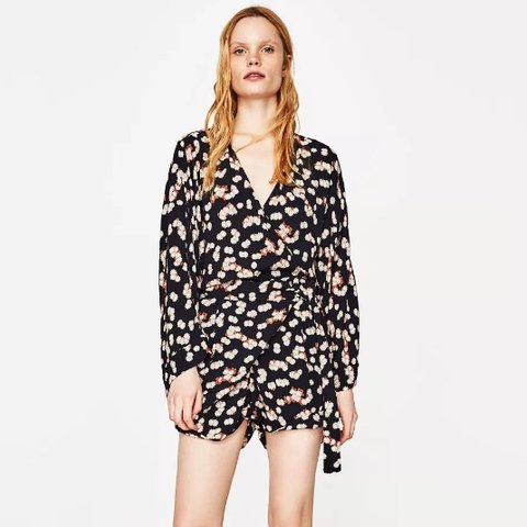 a79479446c64 Zara playsuit. Wrap floral plunge style. Very flattering. xs - Depop