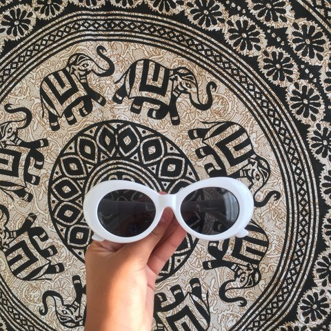 f56b8eb702 CHEAPEST ON DEPOP💋💗!! White clout goggles 👅 brand new