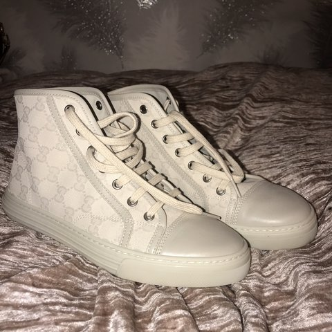 1102d9422bf 100% authentic cream GUCCI hightops. so cool and great for A - Depop