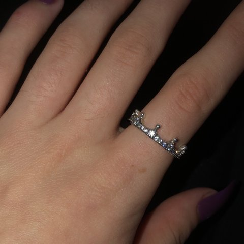 619d674e4 Pandora Enchanted Crown Ring Size 54 Never worn (only for as - Depop