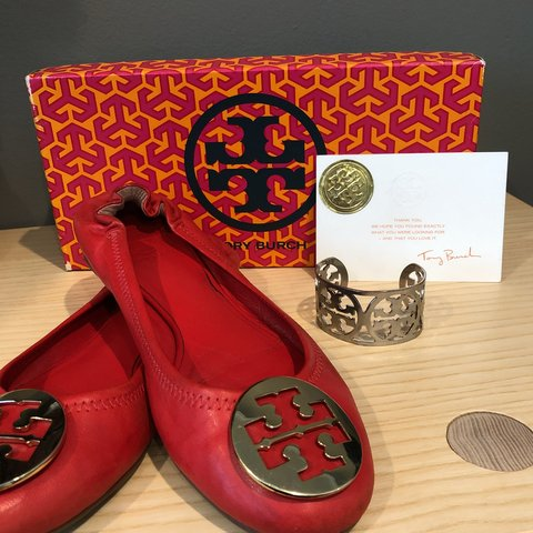 bcb1adcc7 Tory Burch authentic lobster red flats with box FREE - Depop