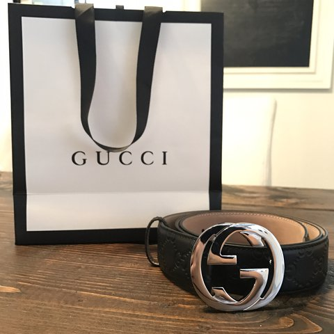 3ba73bd2802 Authentic Gucci Belt Retail   450 Asking Price  double G w  - Depop