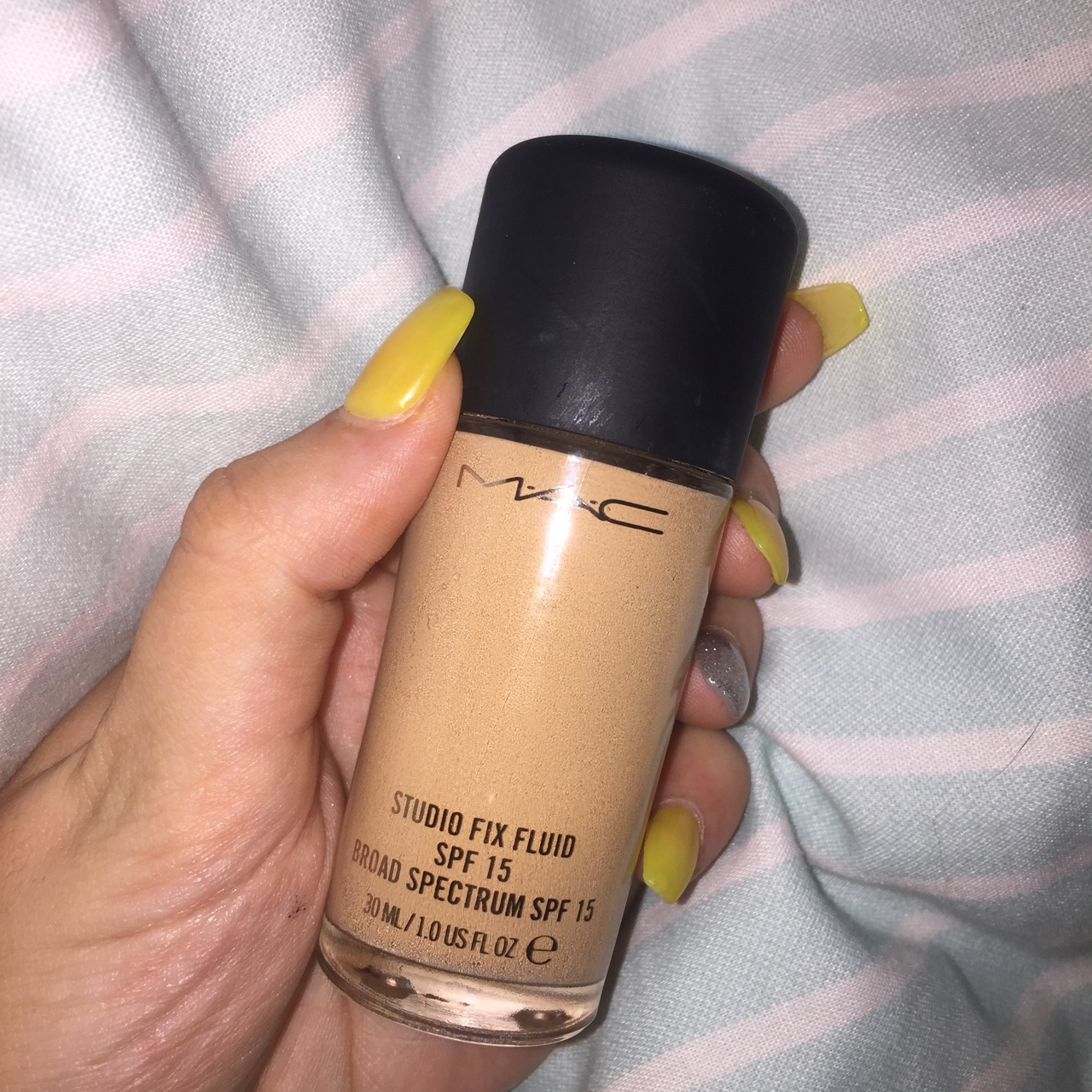 Mac Studio Fix Foundation In Shade Nw25 Only Used Depop