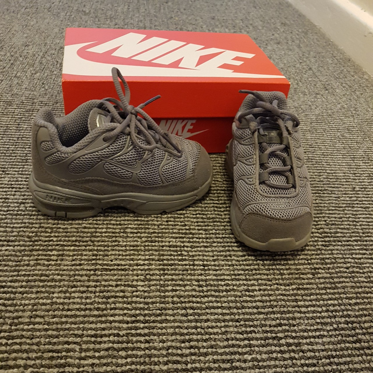 Infant boys trainers Nike Air Max 90 Size Depop