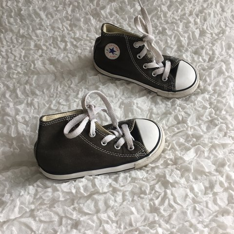 e005d76599af Infant size 7 khaki green coloured converse in good used - Depop