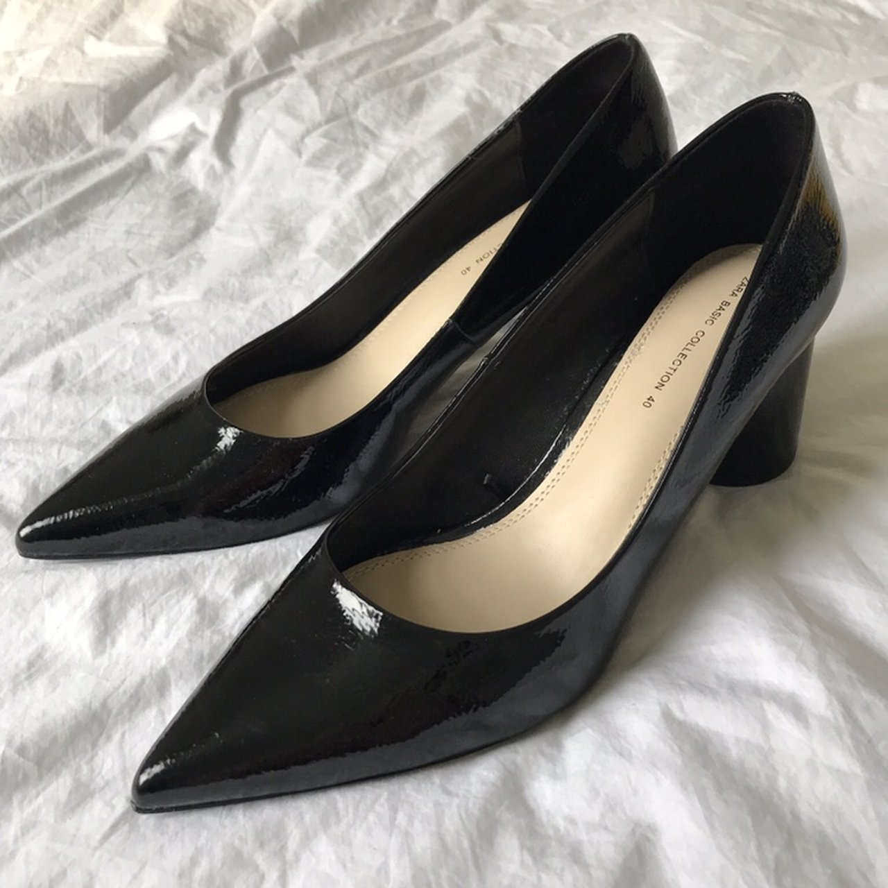 ee0b8fb58d5 Zara black patent pointed chunky heel shoes Size 7 Never - Depop