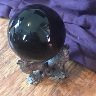 crystal ball with wolf base🐺 flaws: none! size:    - Depop