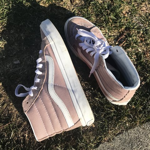 eae004040d20 Baby pink S8-Hi Vans. US women's size 7 and do fit true to a - Depop