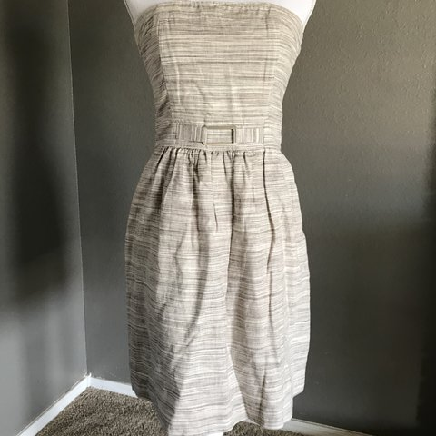 48450b0794f8 @hotpickle77. 2 months ago. Carlsbad, United States. Banana Republic  strapless dress. Looks and feels brand new!