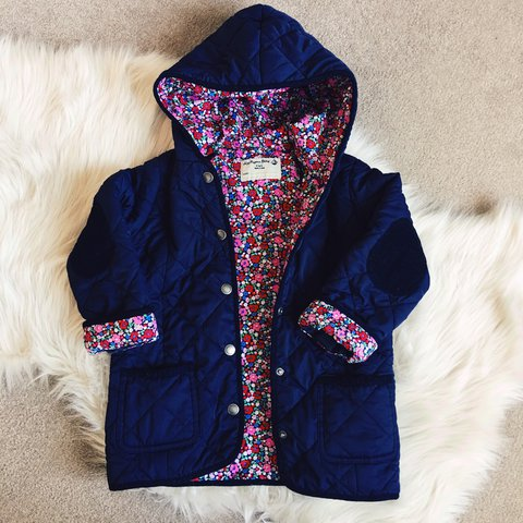 deebc6e9206b JOJO MAMAN BEBE girls padded quilted coat. Age 4-5 years. to - Depop