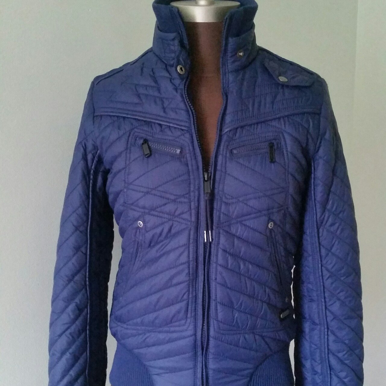 c25d29ece7ddab Tommy Hilfiger quilted navy puffer