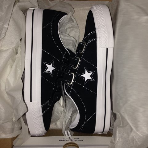 ffe8f99fb9b converse one star pro 3v suede low top skate shoe size 6.5 - Depop