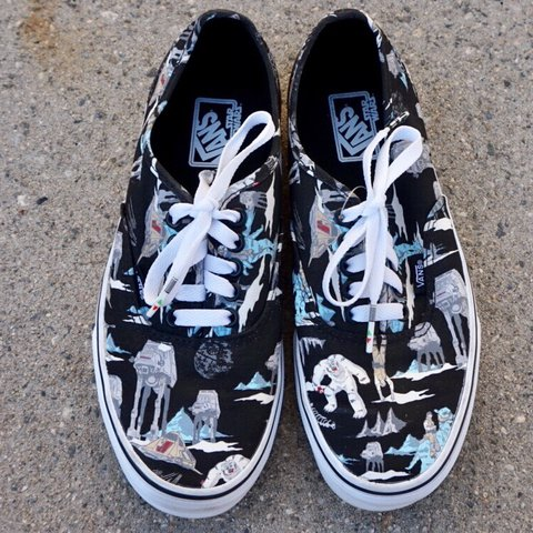 cfebdd81c9 authentic VANS x STAR WARS dark side