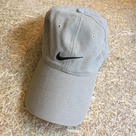 Vintage Nike cap (kinda small fit) FREE DOMESTIC  cream - Depop 6ddd5b746d6
