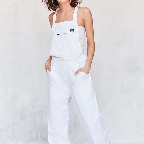 7f48e37ea48 Urban outfitters × Dickies Overalls Jumpsuit All white
