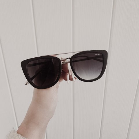 584e9fd377 Quay Australia French Kiss sunglasses in black smoke. No or - Depop