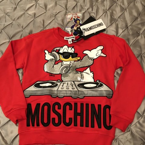 8ce493c87b57 @zn19. 6 months ago. London, United Kingdom. H&M x Moschino Red Sweatshirt  Size XS Brand new with tags