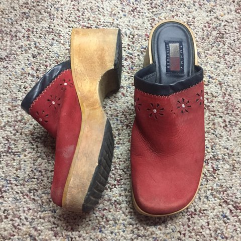 08213384c22d75 TOMMY HILFIGER CLOGS MULES Very worn Tops are a are They - Depop