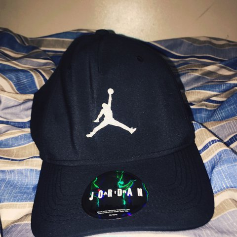 58580624177  adegaa2016. 11 months ago. United Kingdom. Navy blue Jordan JUMPMAN hat