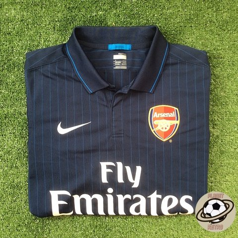 wholesale dealer fb9af 557bd Arsenal away shirt 2009/10. Made by Nike Size :... - Depop
