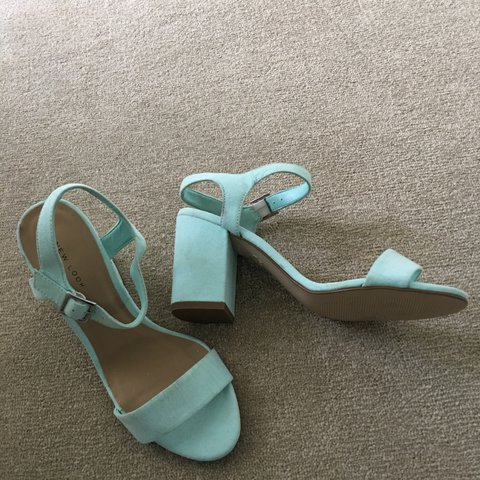 0e8317e6274 New look block heel sandals mint green pale green Uk Size 5 - Depop
