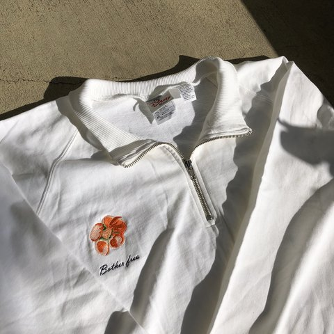 277e0c7bf33e White Winnie the Pooh Half Zip From the Disney Store Size a - Depop