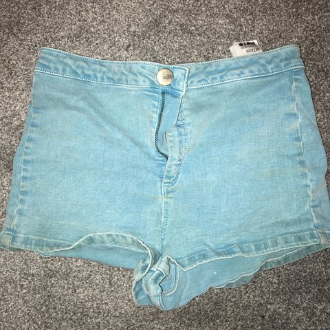 75ed9df613 Bright blue topshop Joni denim shorts W28 size 10 but fit 8 - Depop