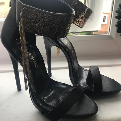 f80aa2decf29 Offers River Island black and gold heels woth tassel chain 5 - Depop