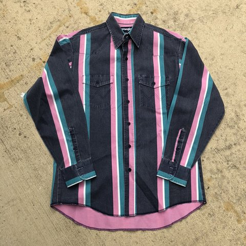 6aaa1e89fe @kidstablevintage. 11 months ago. United States. True vintage Wrangler button  down.