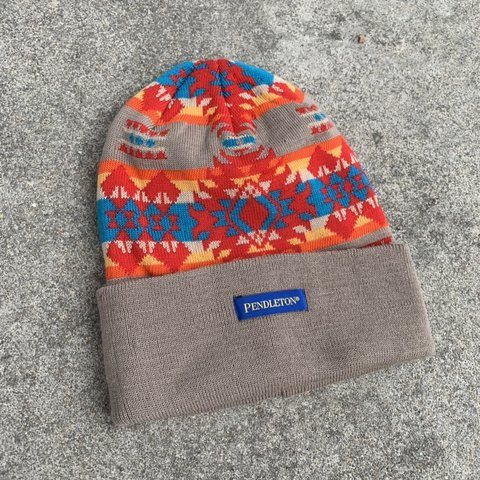 f88541b59fe1e  kidstablevintage. 3 months ago. United States. Pendleton wool knit beanie  winter hat. Light wear
