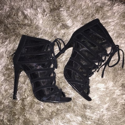 d10957969641 These gently worn