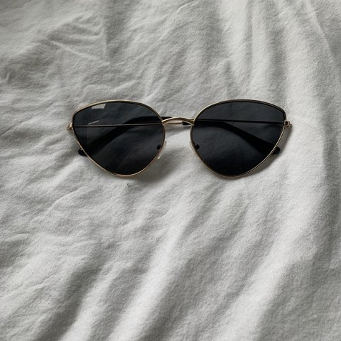 88148d724dfbd Pretty little thing sunglasses    hardly been used    cat    - Depop