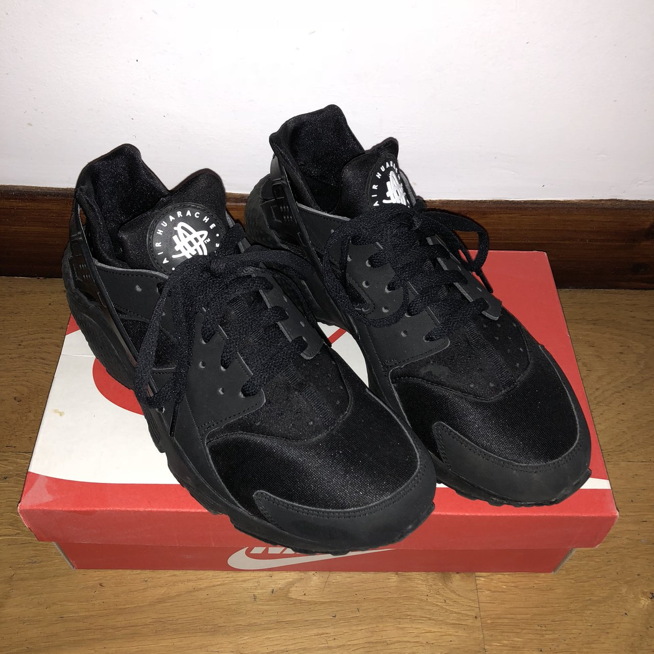 9915bdf7d090 Nike air huarache triple black size 9 slight tear as shown 3 - Depop
