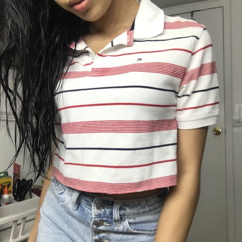 430dec8583ffc TOMMY HILFIGER Red and White Striped Collar Short Sleeve L