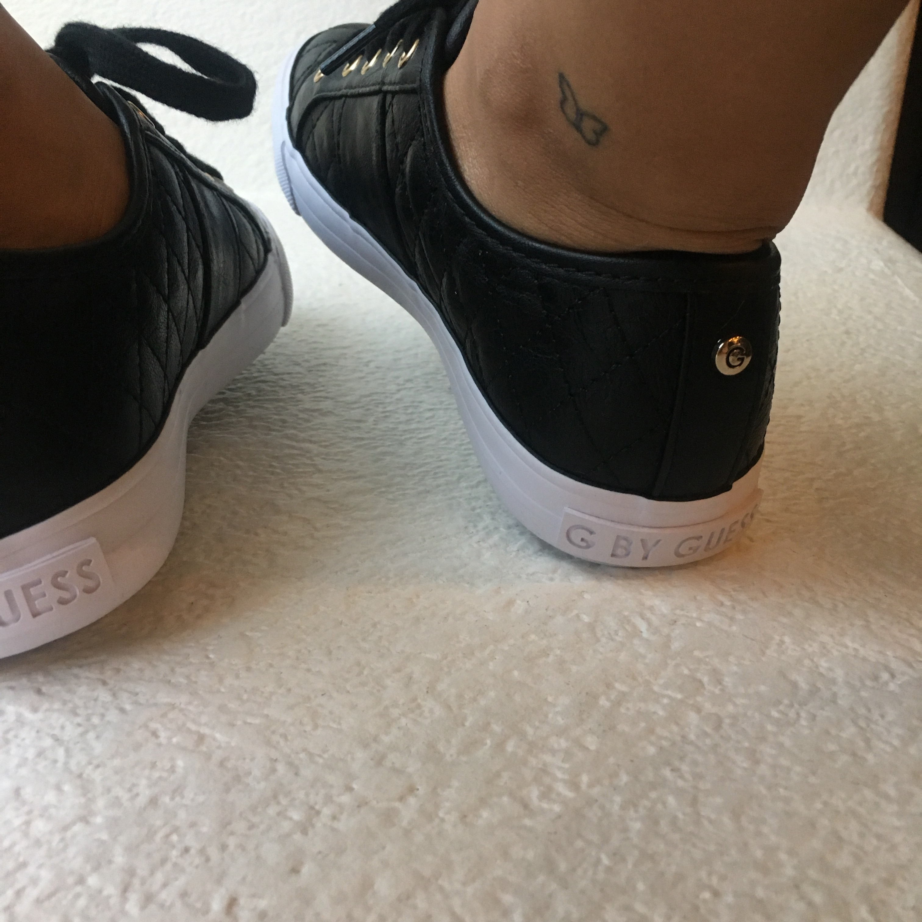 guess backer lace up sneakers outlet