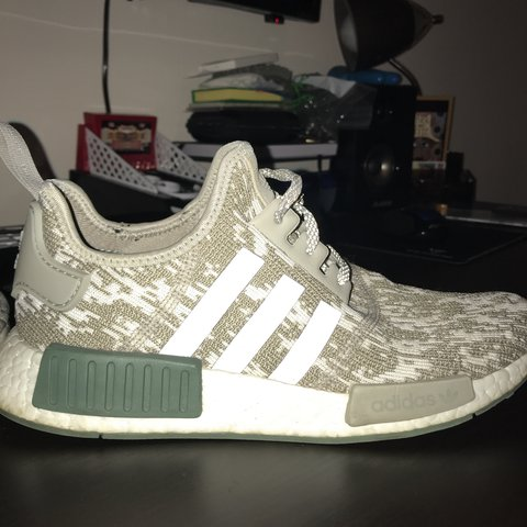 "bfcdfa8f749d9 Adidas NMD R1 ""Sesame"" Men s Size 8 No flaws or any damage"