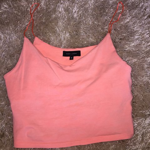 6e738275b20 Neon pink crop top form new look, only worn once, in perfect - Depop