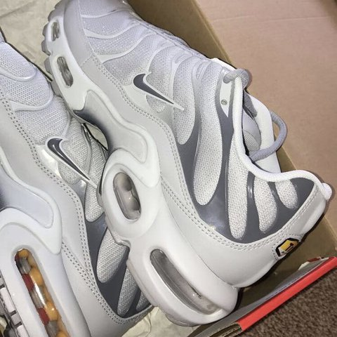 Limited edition Nike tns size 7.5 they