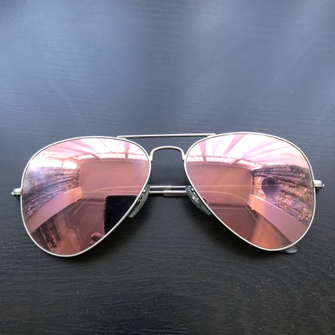 63d98cf7a8 Ray-ban aviator flash lenses sunglasses. Pink/rose gold only - Depop