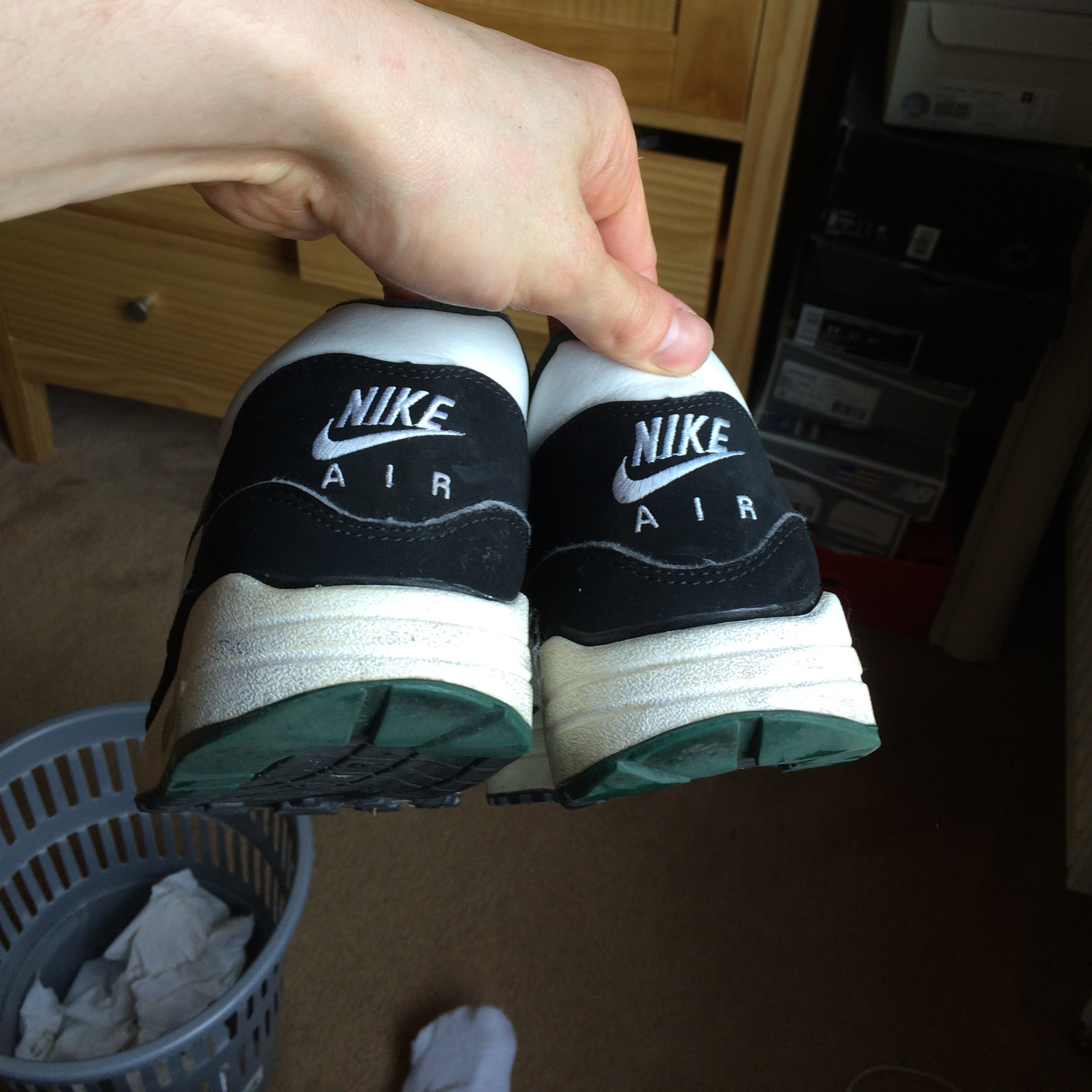 Nike air max 1 forest green Very rare From Depop