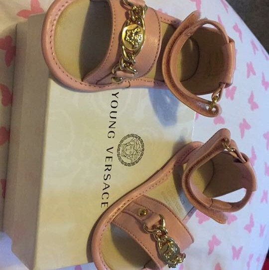 Young Versace pink baby sandals size 19