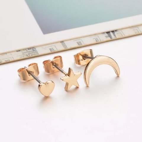 9effb3267 🌙set of 3 golden stud earrings 🌙just like the pictures, - Depop