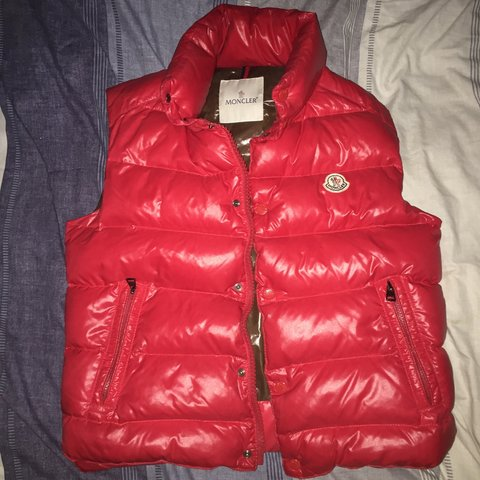 9d7f83f8a999 Moncler gilet RRP  £475 Red with brown interior Size 0 true - Depop