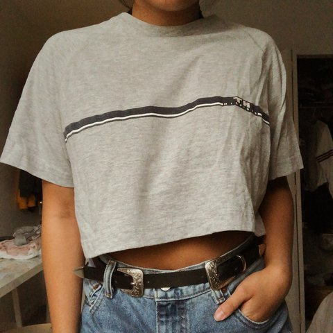 051e9c1b98 VINTAGE TOMMY HILFIGER CROPPED TOP. Worn once or twice