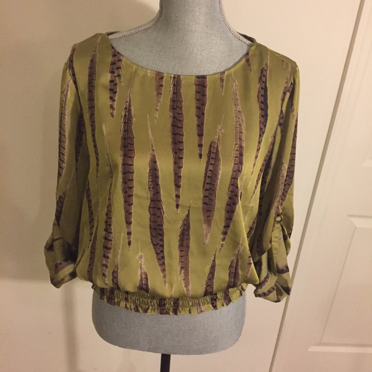 b1bbcdcabf469 MICHAEL MICHAEL KORS Green   Brown Round Neck roll up FOR  - Depop