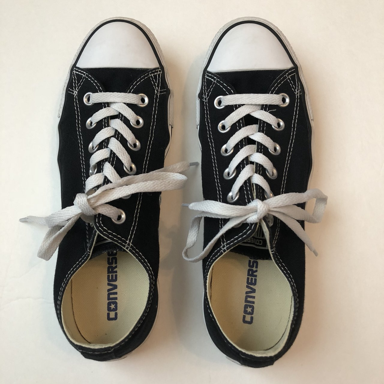 159defd3621 Black Low-Top Converse - women s size- 0