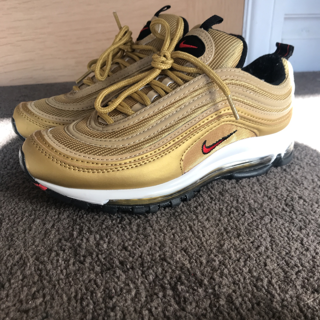 Nike air max 97 GOLD BULLETS ⚡️⚡️⚡️ Size 3 but would