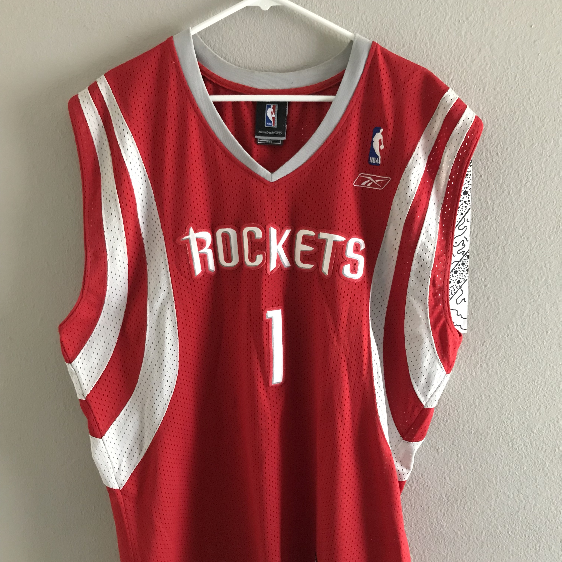 18dbeaece2b Reebok Tracy Mcgrady Houston Rockets 2007-2008 Jersey Red . - Depop