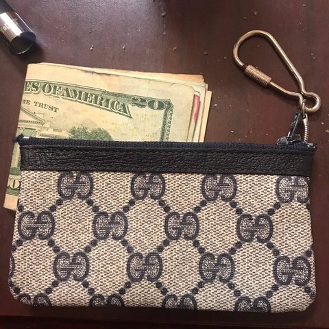 a124724ea @msiver_96. 8 months ago. Auburn, United States. Vintage gucci accessory  coin pouch