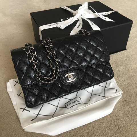64252b38d60912 CHANEL CLASSIC MEDIUM DOUBLE FLAP BAG BLACK CAVIAR/SILVER & - Depop